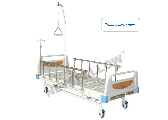 Three Function Old Man Manual Hospital Bed , Portable ICU Patient Bed